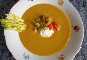 Krémová polévka z řapíkatého celeru