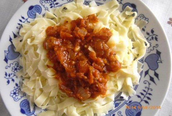 Rajčatová omáčka na těstoviny