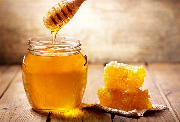 Medové perníkové těsto