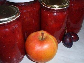Jablečný rozvar (povidla, přesnídávka) se švestkami