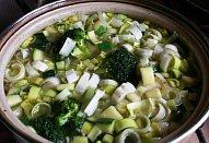 Brokolicovo-cuketová krémová polévka