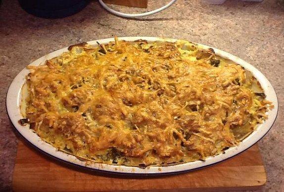 Zapékané brambory s brokolicí a kuřecím masem