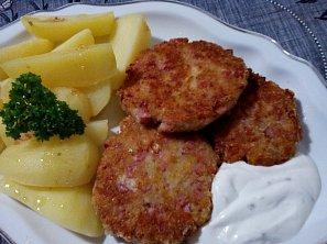 Sýrové karbanátky s uzeným  masem
