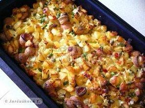 Zapečené brambory s párky