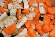 Bramborovo-lilková krémová polévka s mrkví