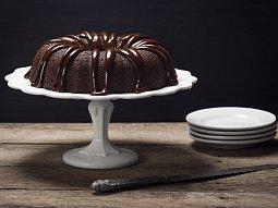 Kakaová bábovka s čokoládovou polevou