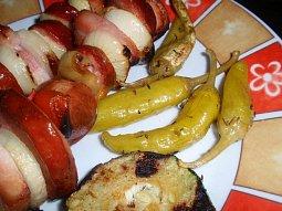 Nakládané papriky, kozí rohy, feferony - nejen na gril