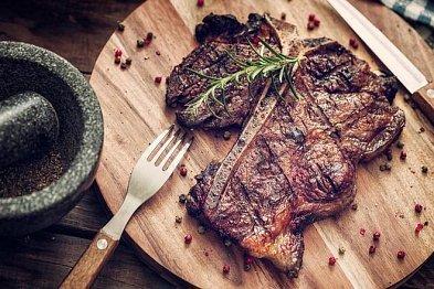 Tipy, jak poznat v restauraci dobrý steak