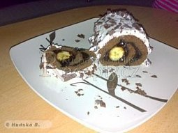 Čokoládová roláda s banány