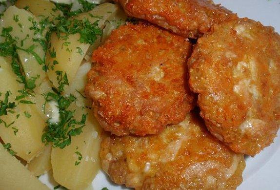 Báječné kuřecí placičky se sýrem