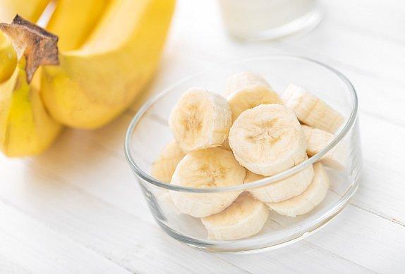 Žemlovka s banánem a čokoládou