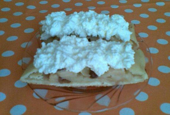 Šlehačkový jablkový závin photo-0