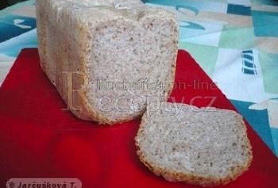 Chléb s bylinkami a česnekem