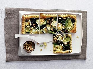 Slaný koláč se špenátem a kozím sýrem