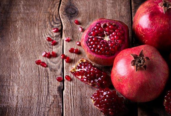 Panna cotta s granátovým jablkem