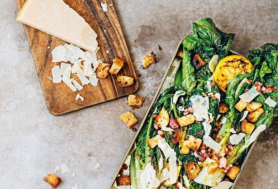 Grilovaný salát Caesar