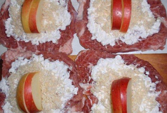 Cottage křenové závitky (měšce) s jablkem