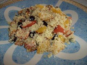 Barevný kuskusový salát