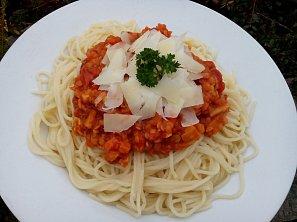 Zeleninové ragú s červenou čočkou ala bolognese
