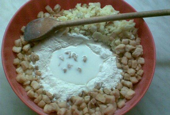 Škvarkové placky pečené v kuse