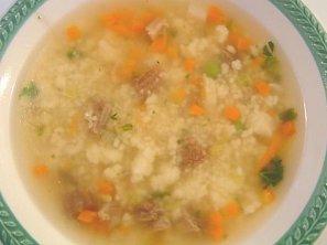 Zeleninová polévka s krupicovými noky