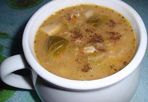 Jednoduchá vločková polévka s kapustičkami