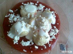Jogurtové knedlíčky s jahodovou omáčkou