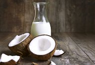 Ovesná kaše z kokosového mléka s dračím ovocem