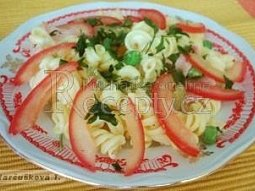 Těstovinový salát s kari