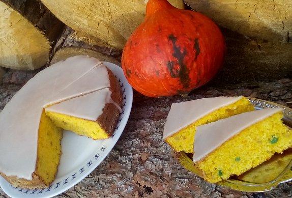 Dýňový koláč s kandovaným nebo sušeným ovocem
