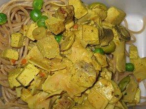 Uzené tofu na kari