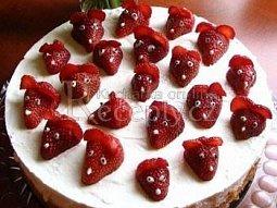Jahodový dort s myškami