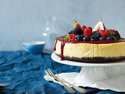Limetový cheesecake s malinovým přelivem