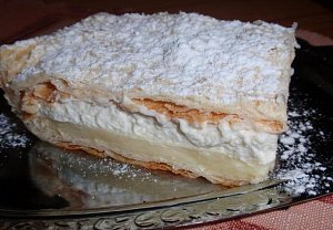 Báječný vanilkový řez z listového těsta - krémeš