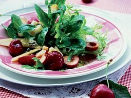Salát s třešněmi a melounem