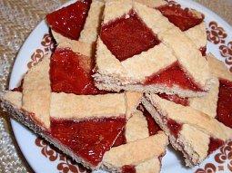Mřížkový perníkový koláč