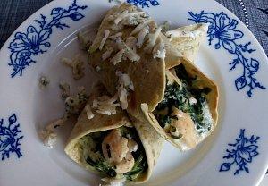 Tortilla s kuřecím masem a špenátem