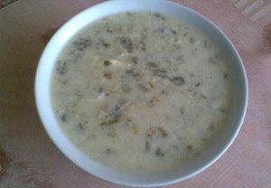 Šťovíková polévka s podmáslím