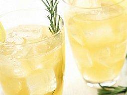 Citronáda s rozmarýnem