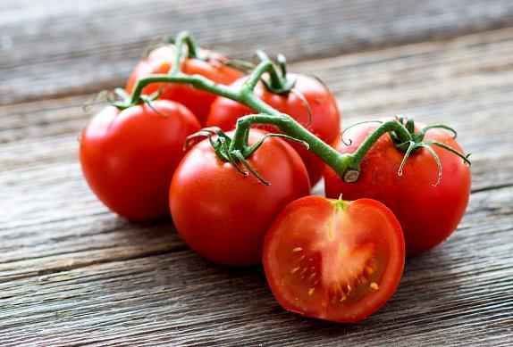 Cuketová směs s rajčaty