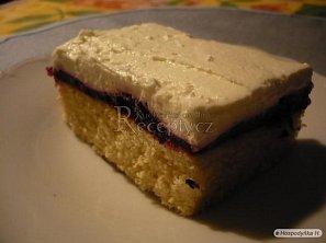 Višňový šlehačkový dort