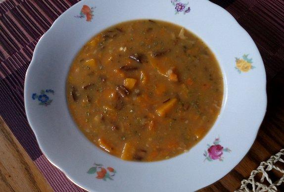 Dýňová polévka ala bramboračka
