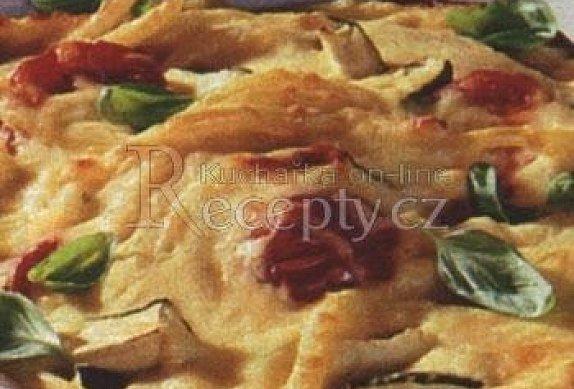 Makarony zapečené se sýrem a rajčaty