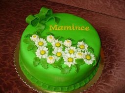 Nadýchaný piškotový dort