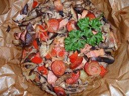 Brambory s houbovou směsí - zapečené