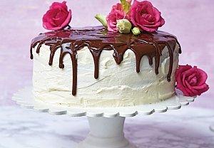 Mramorový dort s čokoládovou polevou