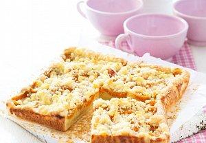 Meruňkový koláč s müsli