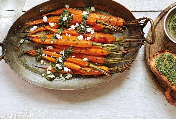 Pečená mrkev s mrkvovým pestem
