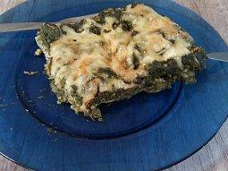 Lasagne se špenátem a kuřecím masem bez bešamelu