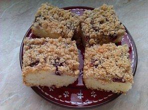 Třešňový koláč z podmáslí